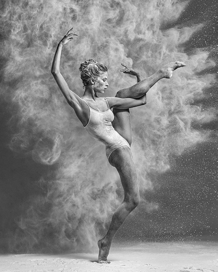 Art of graceful ballet dancing on photos by Alexander Yakovlev - 26