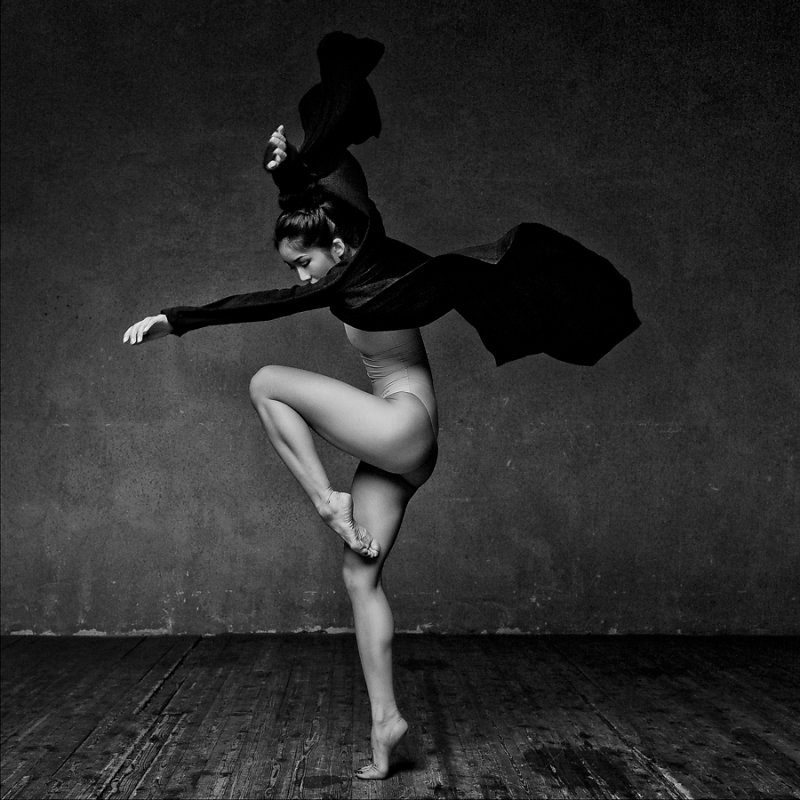 Art of graceful ballet dancing on photos by Alexander Yakovlev - 4
