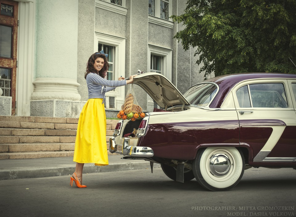 Photo-shoots with Russian beauties and Soviet cars - 14