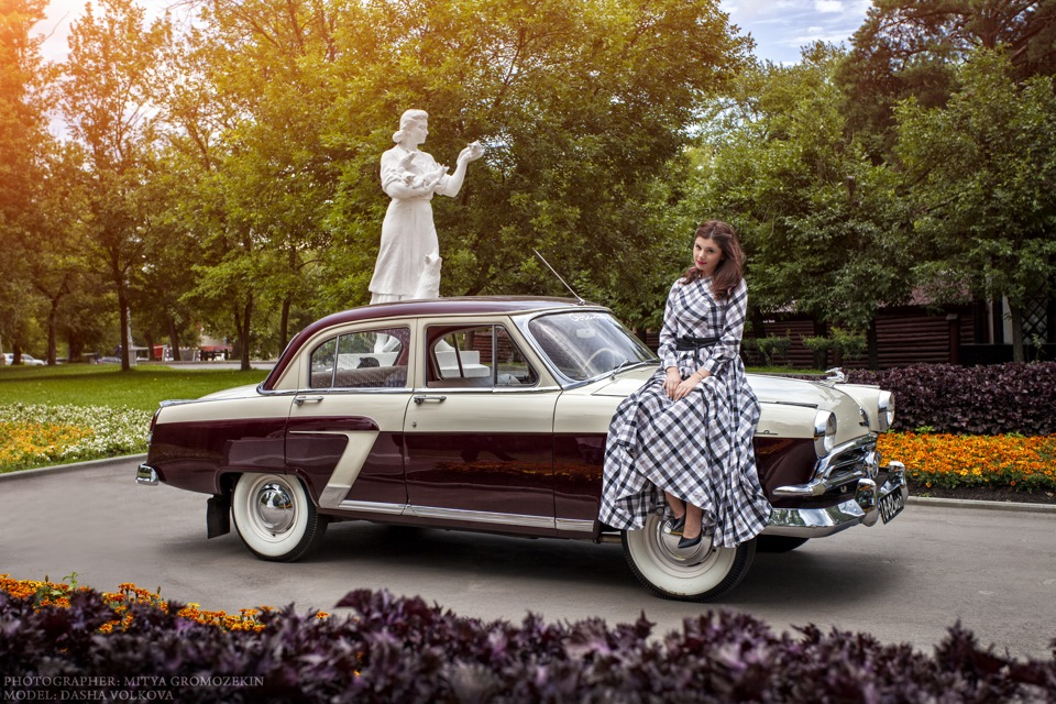 Photo-shoots with Russian beauties and Soviet cars - 19