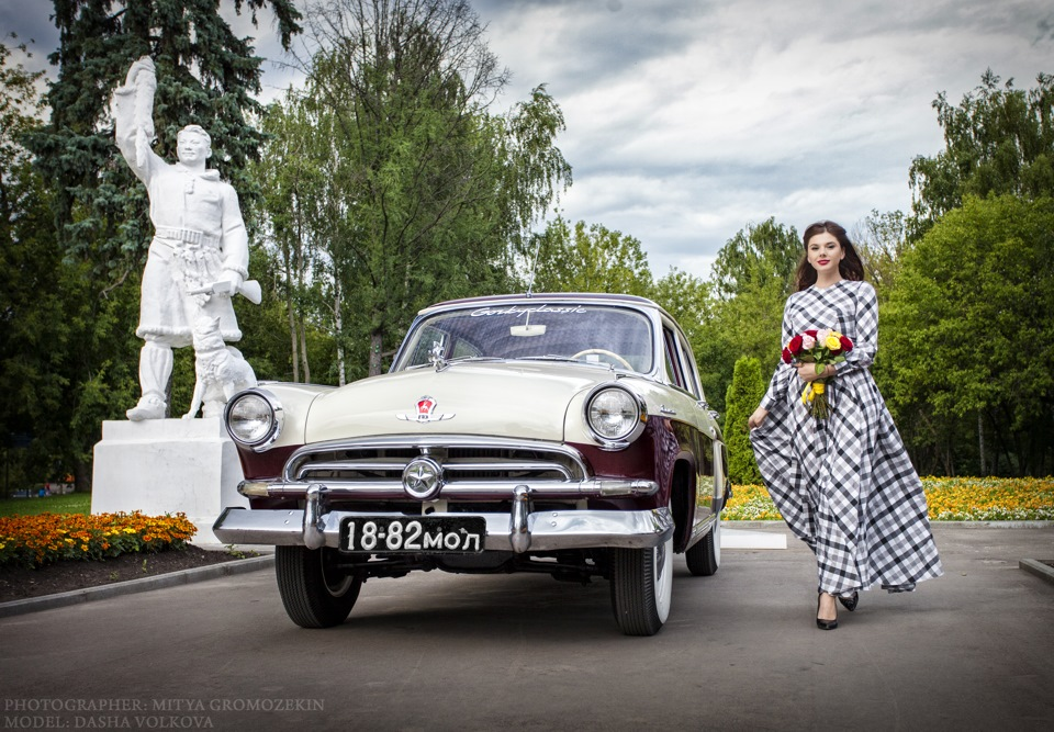 Photo-shoots with Russian beauties and Soviet cars - 20