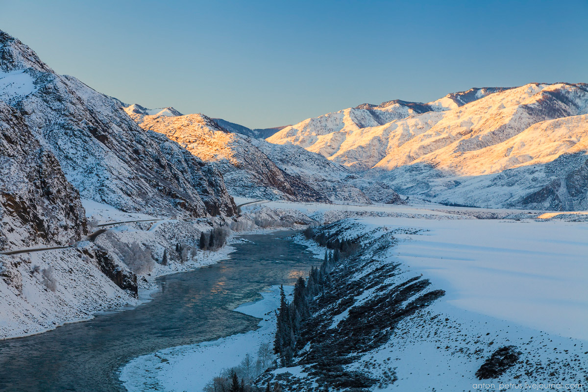 Severe but wonderful Altai winter in photos by Anton Petrus - 15